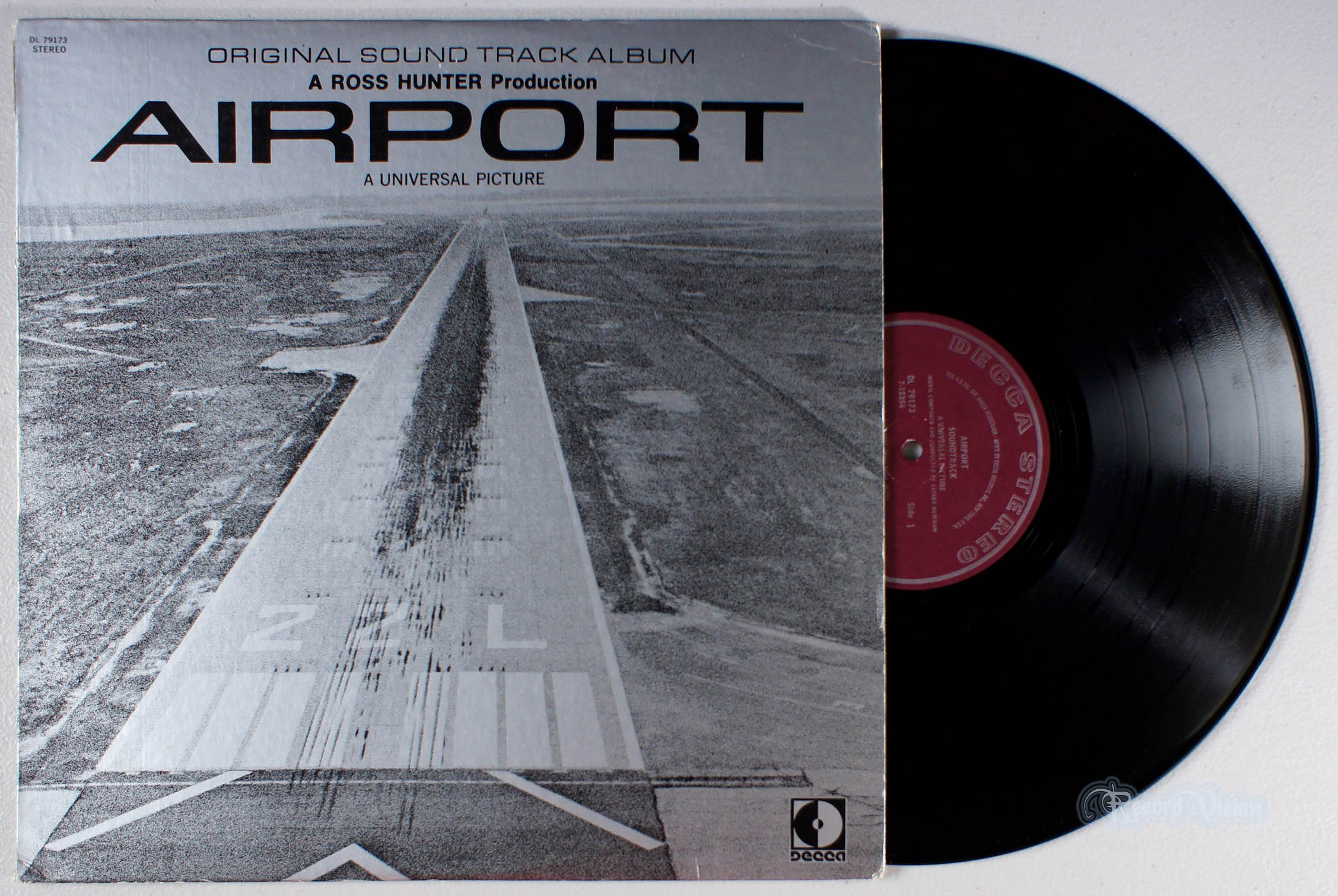 ASSORTED (SOUNDTRACK) - Airport - 33T